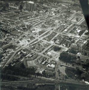 Beauvais, vue aérienne prise par M. Lecointre, M. Serre pilote